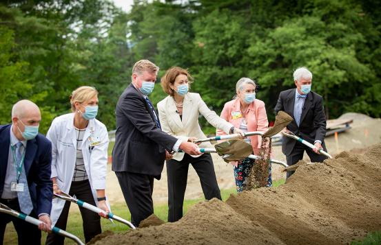 Ground breaking at DHMC for Patient Pavilion.